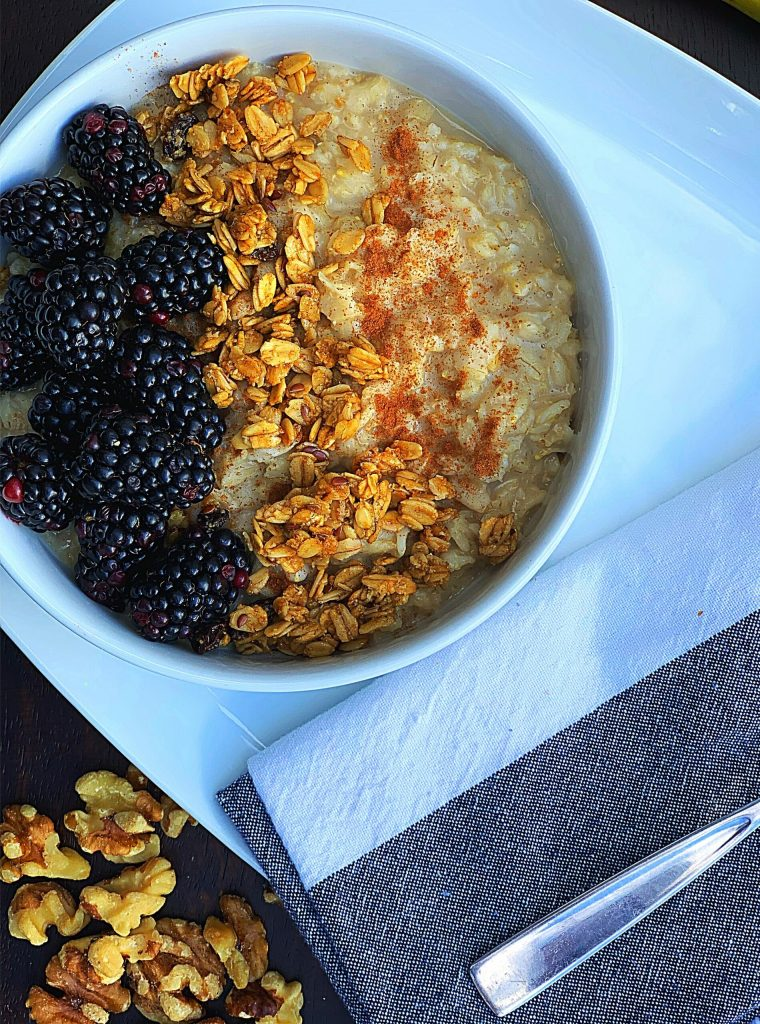 Blackberry Cobbler Oatmeal