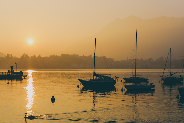 lake lecco sunset