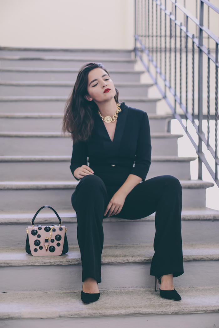 black jumpsuit streetstyle fashion blogger