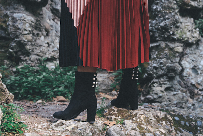 whatfor-black-boots-with-pearls-thedollsfactory