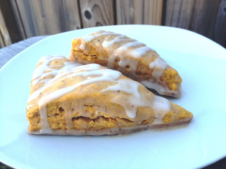 Pumpkin Scones with Spiced Frosting (Starbucks Copycat Recipe) | thedomesticblonde.com