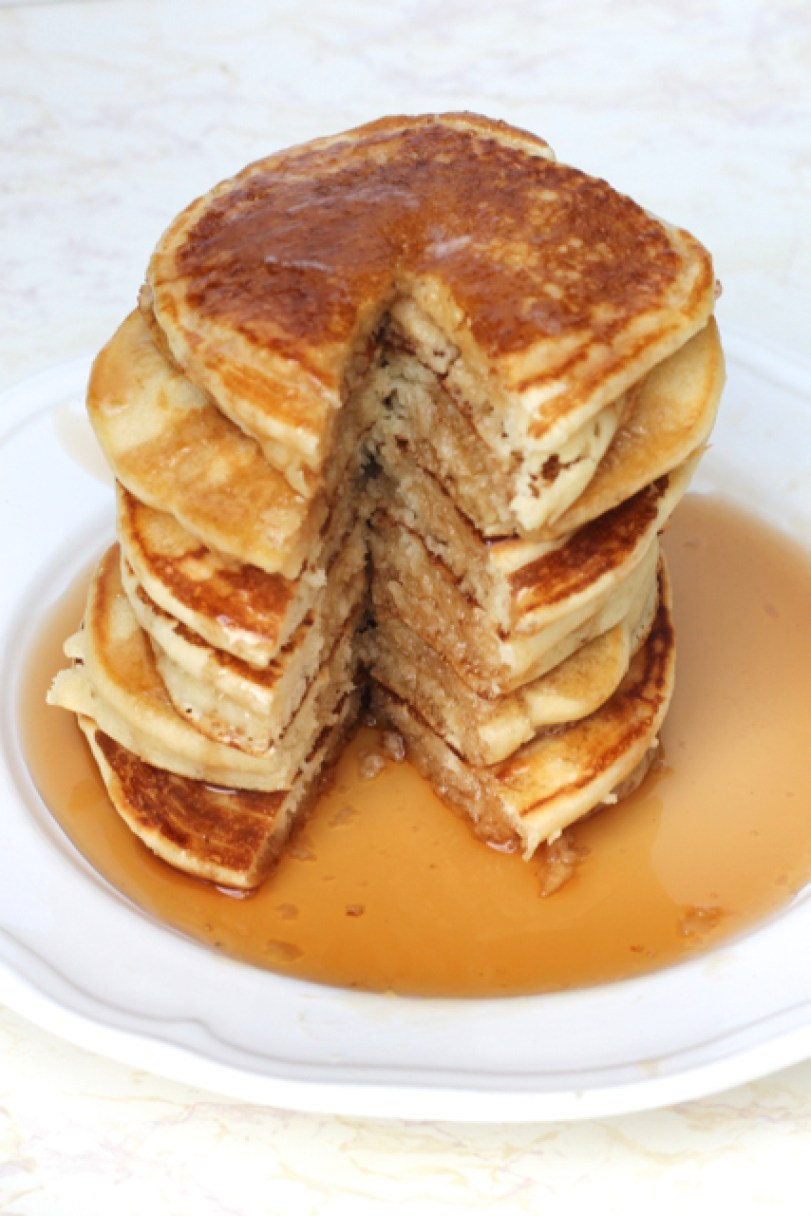 Easy & Delicious Homemade Pancakes | thedomesticblonde.com