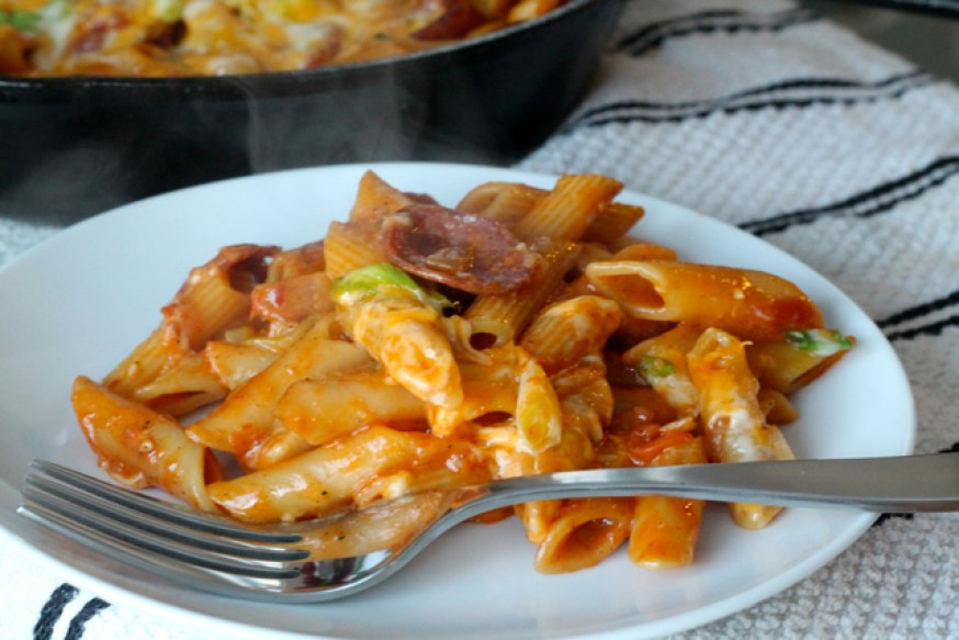 One-Pan Spicy Cheesy Sausage Pasta | thedomesticblonde.com