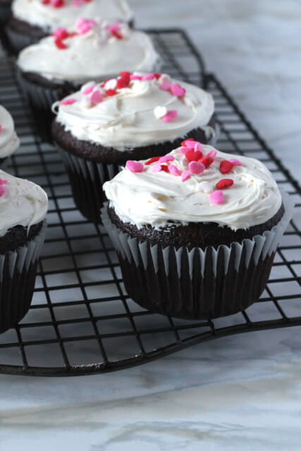 My Go-To Chocolate Cupcakes (Dairy-Free!) | theemesticblonde.com