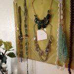How To {Padded Board Necklace Display}