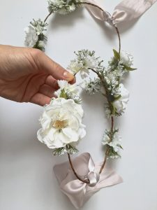 DIY Flower Crowns :: Using Real + Faux Blooms || Dreamery Events