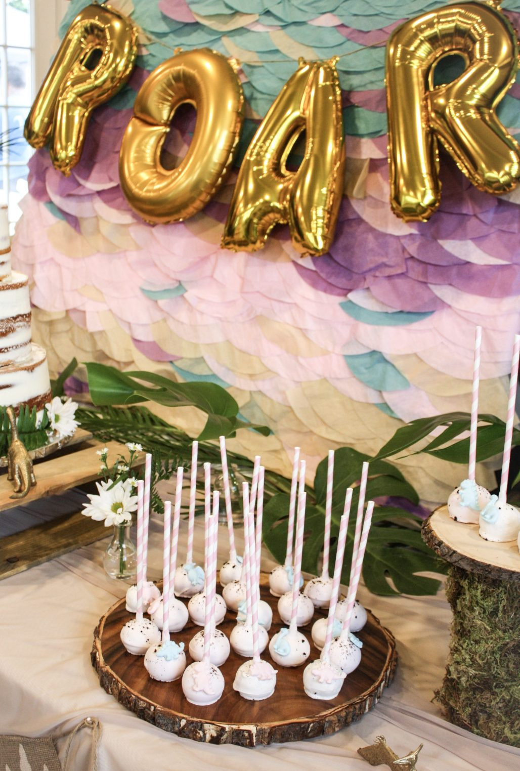 A Tropical Dino-mite Birthday | Dreamery Events