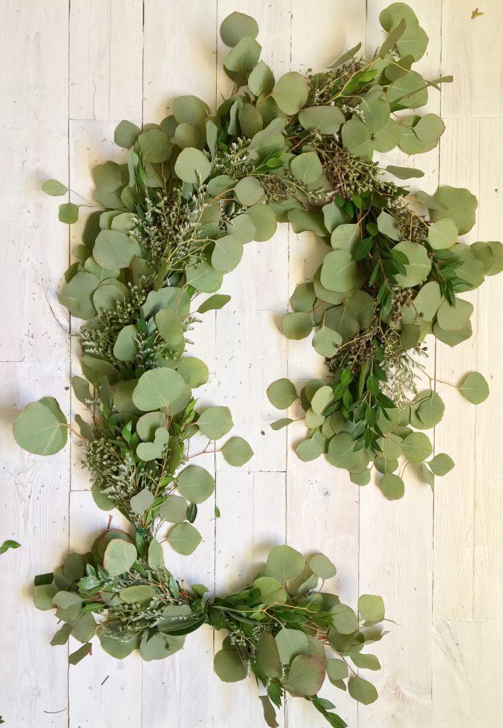 Handmade Holiday : A Fragrant Natural Wreath DIY | Dreamery Events