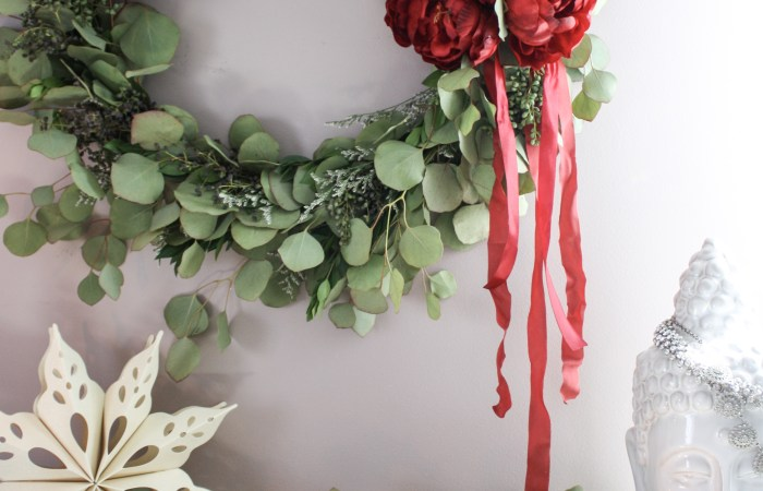 Whimsical Holiday Decor You Can Easily Pull Together for Your Holiday Party
