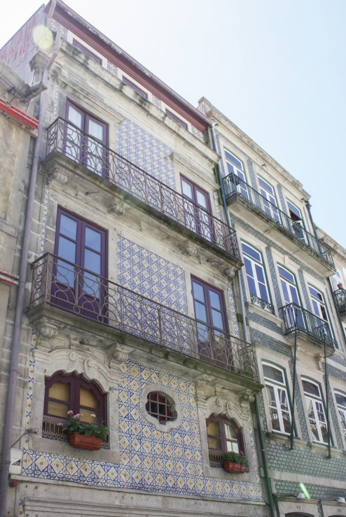 'Faded Grandeur' Meets Contemporary Architecture & Signature Cuisine || A Guide to Porto's Unique Vibrance | Dreamery Events