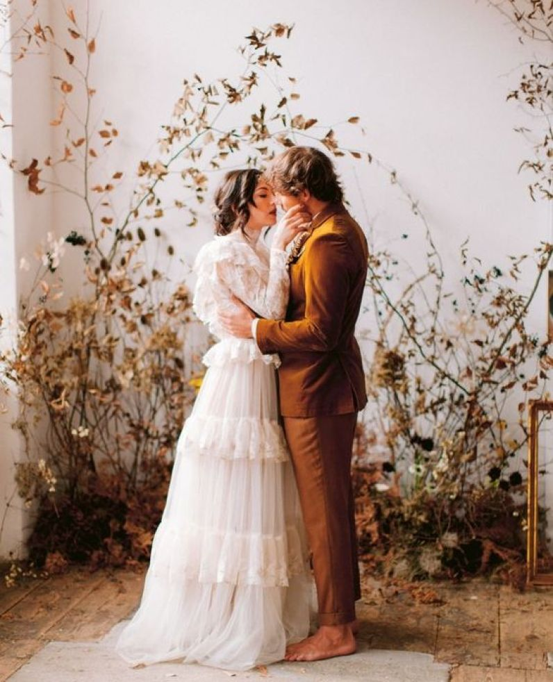 Wedding Planning Essentials :: How to Have an Intimate & Intentionally Meaningful Wedding || Dreamery Events