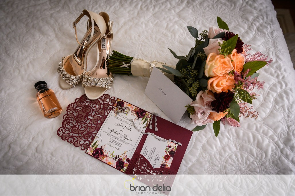 Jane & Michael's Autumn Wedding in Soft Burgundy, Peach & Blush Tones || Dreamery Events