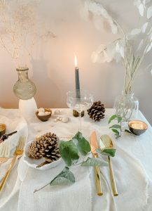 A Refined Minimalist Table that transitions from Thanksgiving into Winter Holidays ..... Using Items you Already Have at Home    Dreamery Events