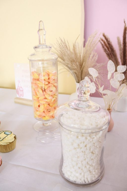 """There's a Pink & Golden 7th Birthday """"Among Us""""! 