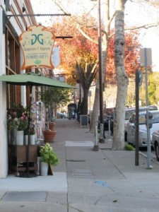 Gorgeous and Green's San Pablo location before the shop moved to College Avenue.