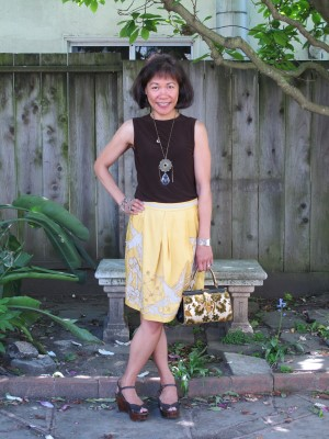 Laura Leventer of Personal Pizazz showed me how to pair this maize-colored skirt with appliques with a chocolate brown blouse.