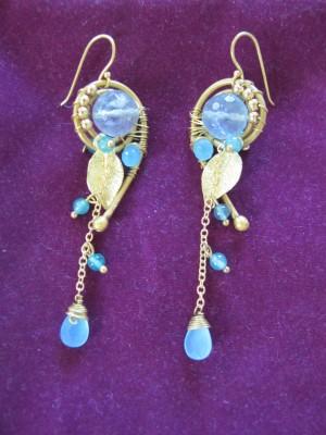 Beautiful earrings from Anusara of Bangkok.