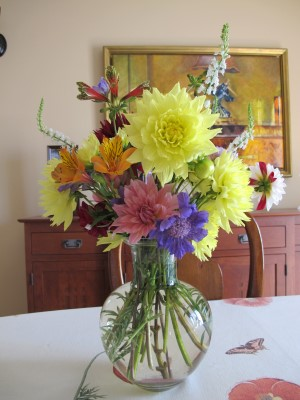 The very last summer bouquet of early September for the auction winner.