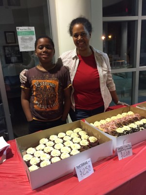 Returning with their yummy cupcakes and chocolate chip cookies were Pamela Braxton and her son Zachary of Braxtons' Boxes.