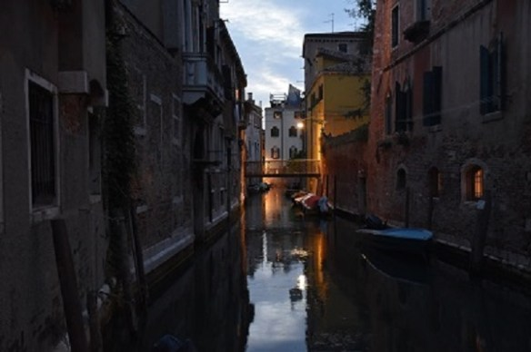 Note: Venezia during the week is quiet after 10pm.
