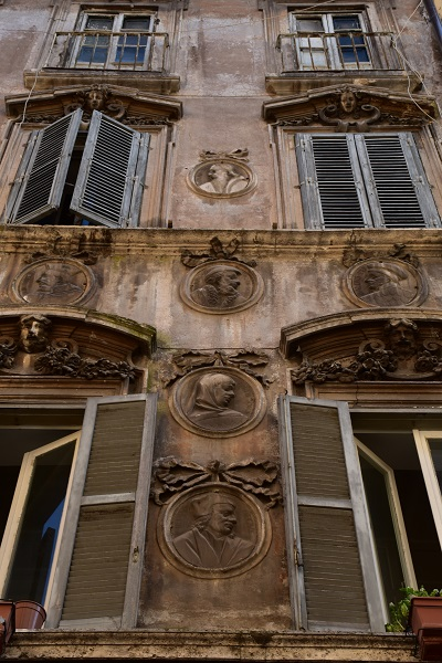 Medallions adorning one home back in the Piazza Navona area.