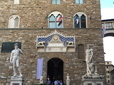 At the entrance of the Palazzo Vecchio, a copy of David on the left.