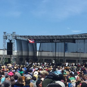 Isabella and I took our exchange student for a day-long walk along the Embarcadero. At Pier 27, we chanced upon a free concert by the San Francisco Symphony - lovely!