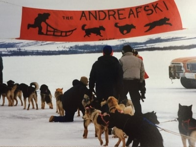 Sled dog race on the Andreafski River, Winter 1987.