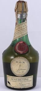 1940's bottling Benedictine Liqueur (1/2 Bottle) (40's bottling)
