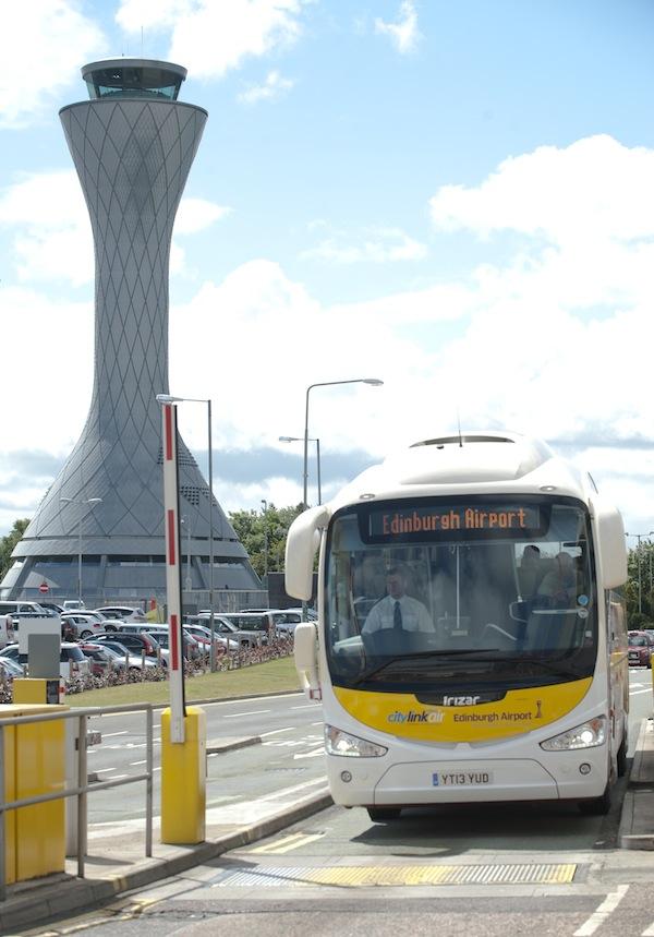 LM_Edinburgh_Airport_Stagecoach_002