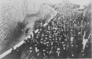 Pilgrimage to the Wailing Wall, Passover 1928