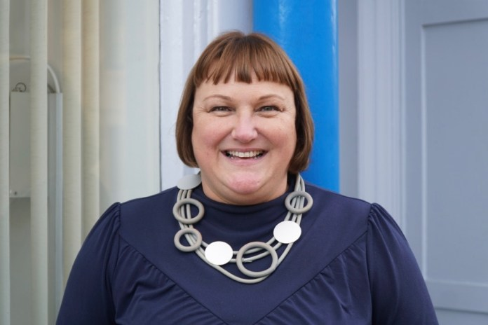 Headshot of Susan Harkins of Business Gateway