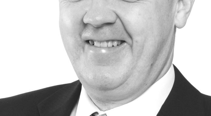 Headshot Campbell Newell