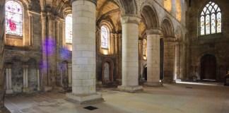 Dunfermline Abbey © J.L Preece