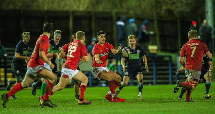 Welsh players passing the ball