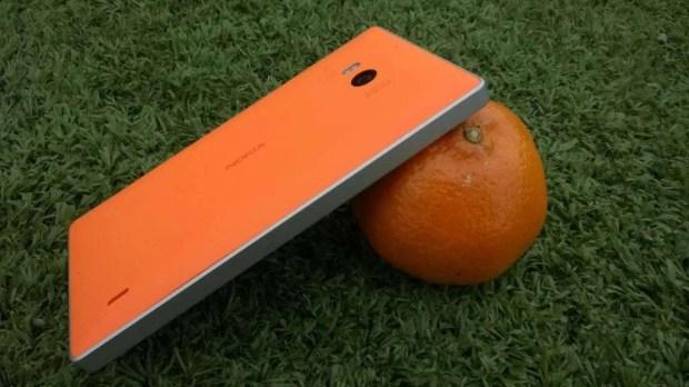 Nokia Lumia 930 orange