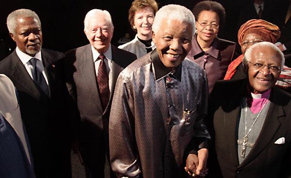 Kofi Annan, Jimmy Carter, Mary Robinson, Nelson Mandela, Graça Machel and Desmond Tutu at the launch of The Elders in 2007