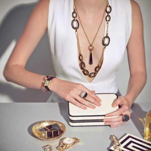 WOMEN-ACCESSORIES-01-copy-e1576788264492
