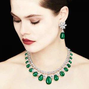 women-emerald-jewelry-01-e1576788231223