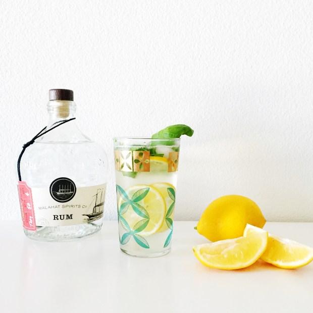 Lemon Basil Mojitos | The ELL Blog