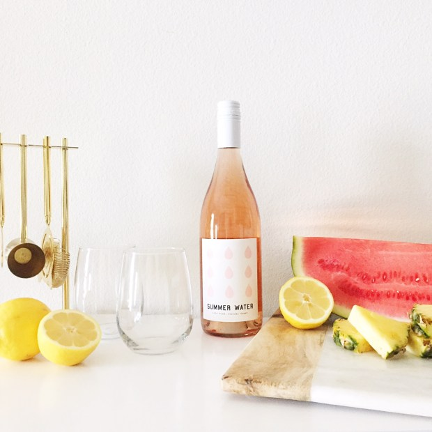 Summer Rosé Sangria | The ELL Blog