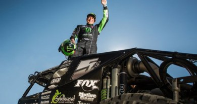 Auto Industry News King of the Hammers, Shannon Campbell - Courtesy of Four Wheeler Network