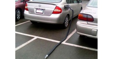Embarrassing moments behind the wheel, part one: remember to remove the gas hose...