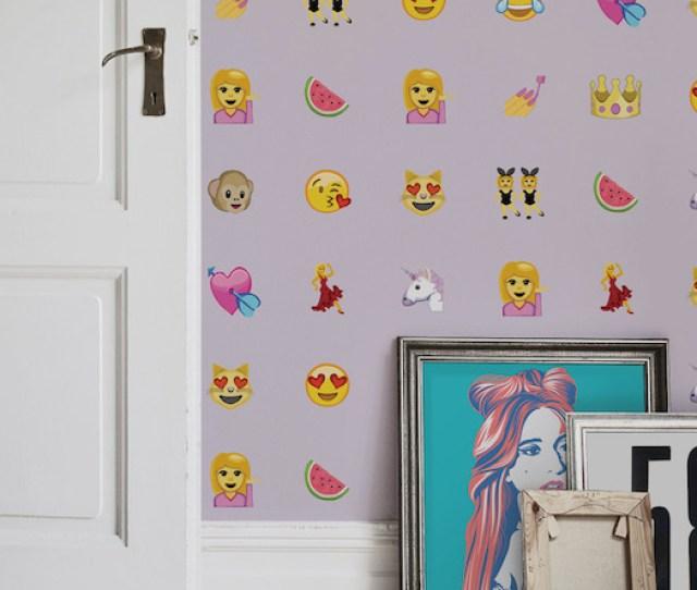Girl Emoji Web
