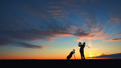 man-golf-player-hit-ball-to-air-silhouetted-in-sunset-golf ...