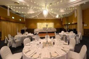 Whitsunday-Wedding-Room-Decor-Fairylights18