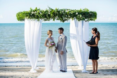 Whitsunday-Wedding-Ceremony-Styling-Arbours24