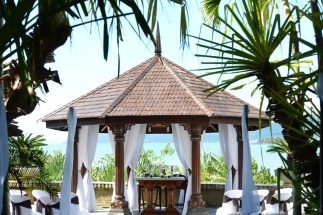 Whitsunday-Wedding-Ceremony-Decor03
