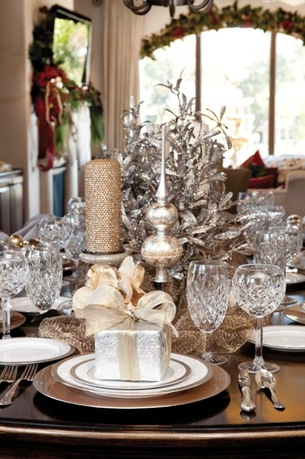 Metallic tablescape