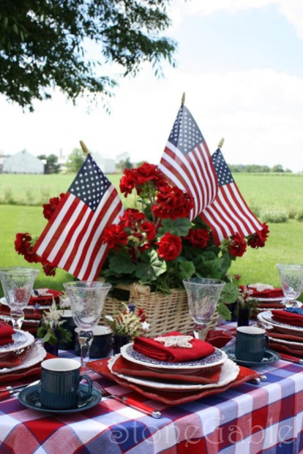 The Everyday Hostesss & Stonegable blog 4th of July